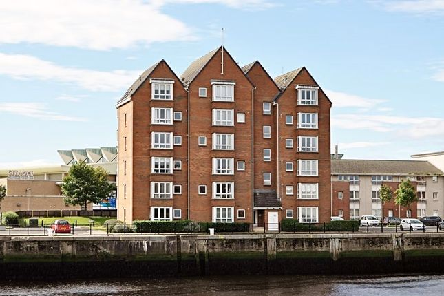 Thumbnail Flat for sale in Buchan Court, Ayr