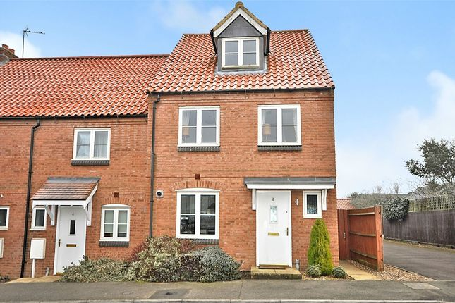 3 bed end terrace house for sale in Mawsley Chase, Mawsley Village, Kettering, Northamptonshire