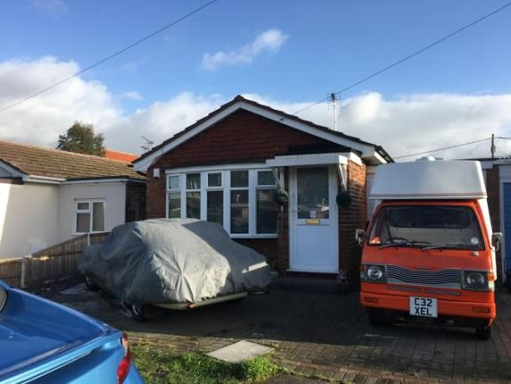 Thumbnail Bungalow for sale in Dovercliff Road, Canvey Island