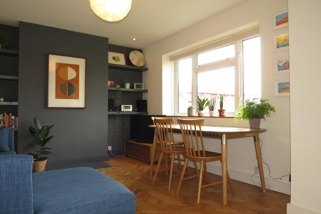 Thumbnail Flat to rent in Clifton Vale Close, Clifton, Bristol
