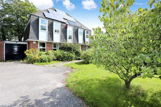 Thumbnail Property for sale in The Harrage, Romsey, Hampshire