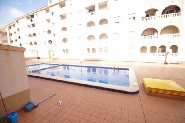 2 bed apartment for sale in Centro, Torrevieja, Spain