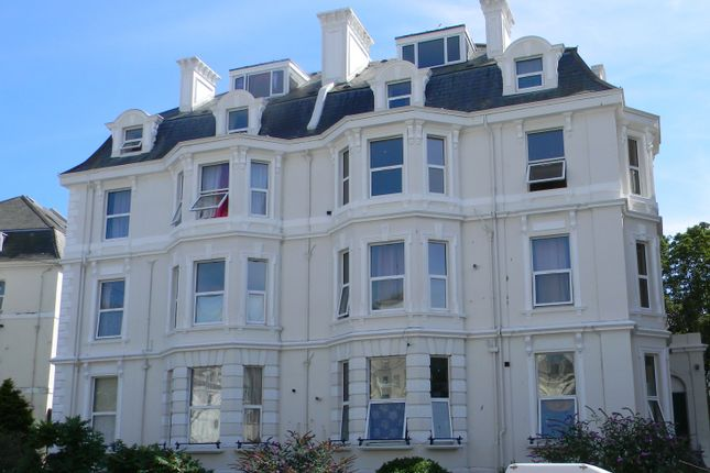 Thumbnail Flat to rent in Sandgate Road, Folkestone