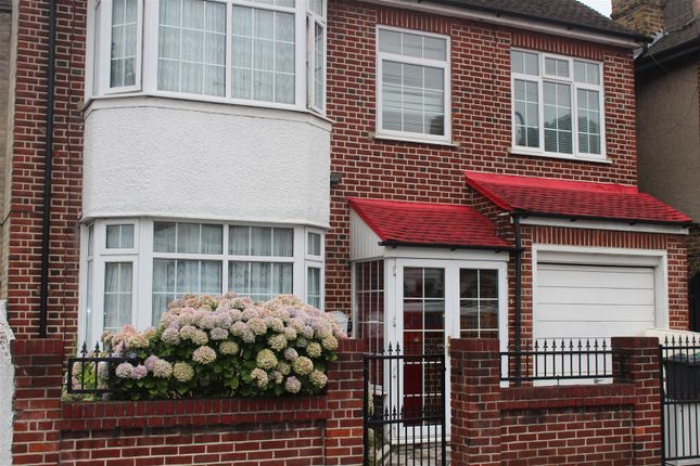 Thumbnail Detached house to rent in Beresford Road, London