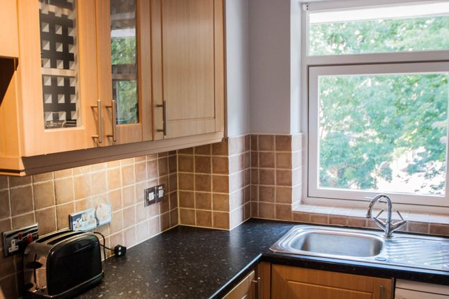 Thumbnail Flat to rent in Harriers Close, London