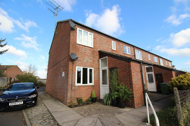 Thumbnail Flat for sale in Beale Close, Chippenham