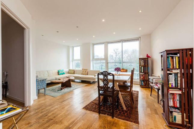 Thumbnail Flat for sale in Palmers Road, Bethnal Green