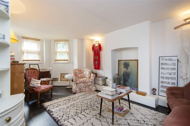 Thumbnail Property for sale in Thistlewaite Road, London