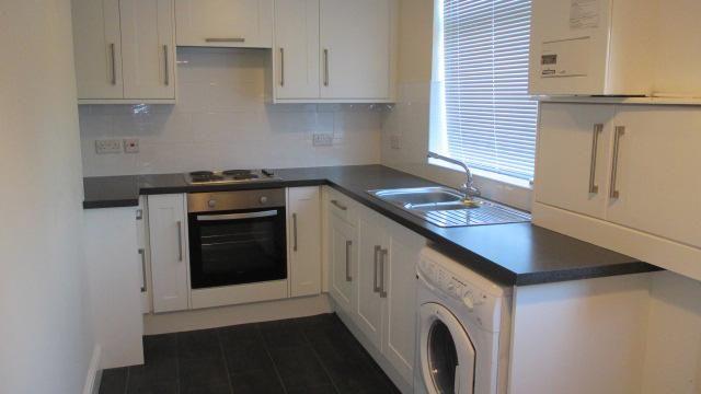 3 bed terraced house to rent in Cautley Road, Cross Green, Leeds LS9