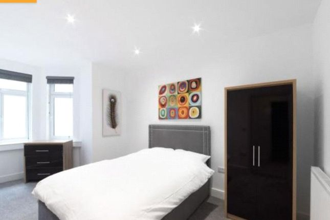Thumbnail Flat to rent in Mitcham Road, Tooting
