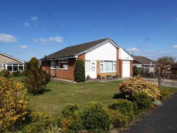 Thumbnail Bungalow for sale in Beechfield, Moulton, Northwich, Cheshire