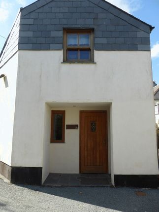 2 bed end terrace house to rent in Lower East Street, St. Columb