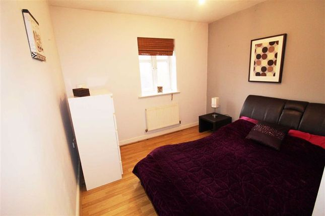 Bedroom 2: of Roch Bank, Blackley, Manchester M9