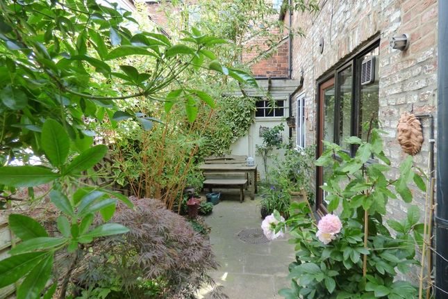Thumbnail End terrace house for sale in Wood Lane, Beverley