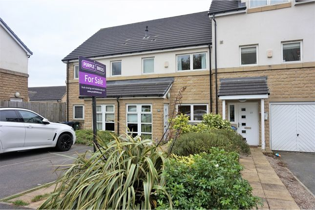 Thumbnail Terraced house for sale in Sovereign Court, Bradford