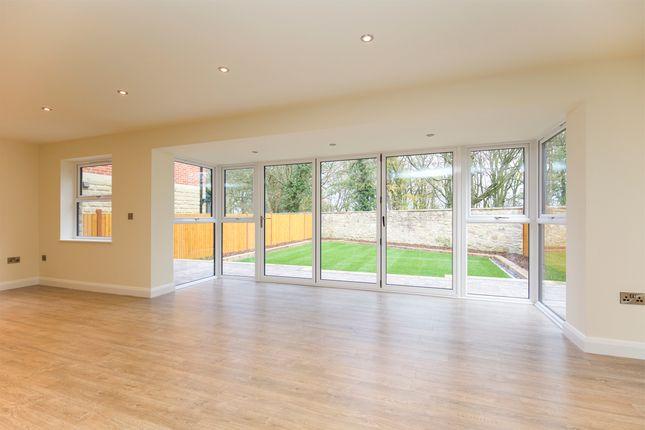 Family Room of Kiveton Lane, Todwick, Sheffield S26