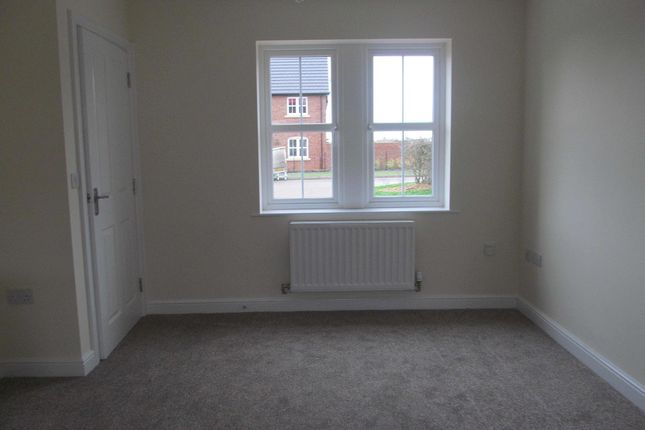 Thumbnail Town house to rent in Fenwick Drive, Crindledyke, Carlisle