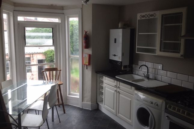 Thumbnail Terraced house to rent in 10 Eaton Crescent, Swansea