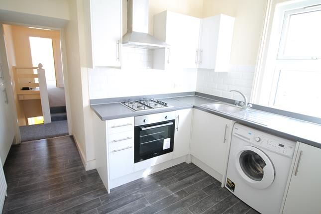 Thumbnail Flat to rent in Orford Road, Walthamstow, London