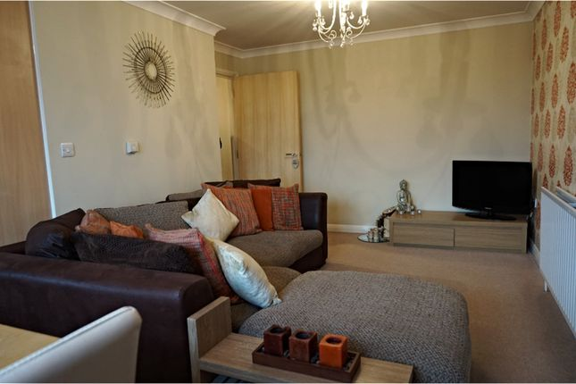 Thumbnail Flat to rent in Frindsbury Road, Rochester