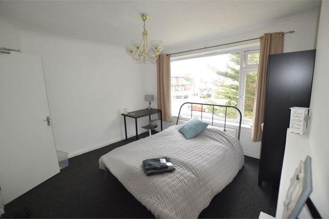 Room to rent in Wallisdown Road, Poole, Dorset