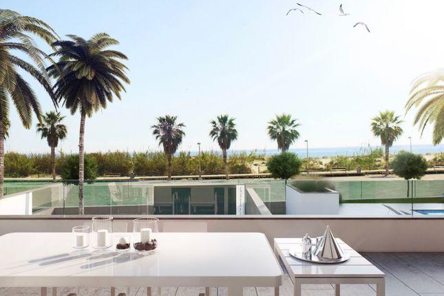 Thumbnail Villa for sale in The Beach!, Pilar De La Horadada, Alicante, Valencia, Spain