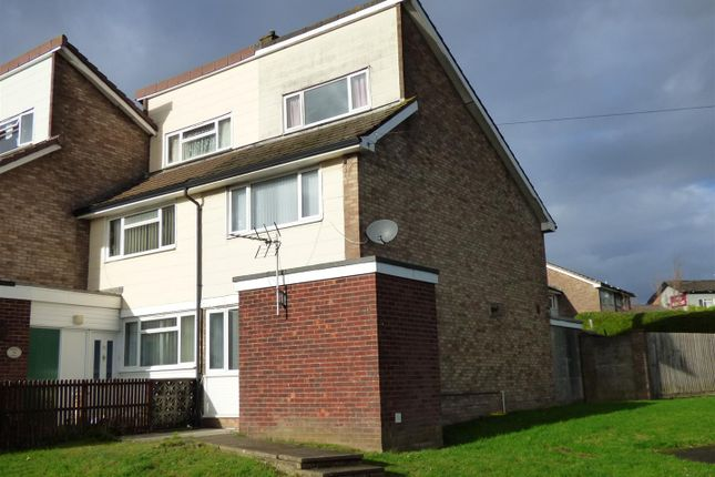 Thumbnail Town house to rent in Middle Way, Bulwark, Chepstow
