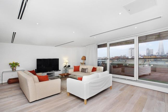 Thumbnail Flat to rent in Axis Court, East Lane, London