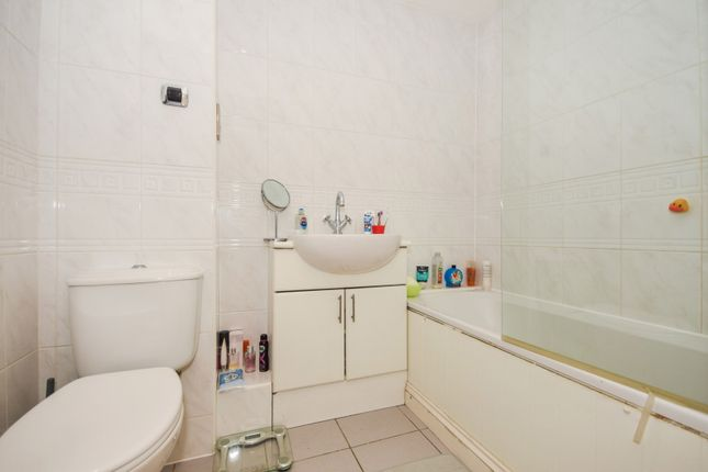 Bathroom of Victoria Court, New Street, Essex CM1