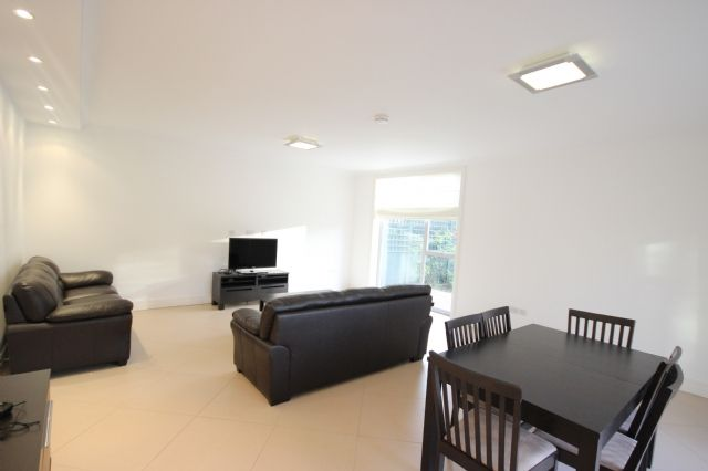 Thumbnail Terraced house to rent in Amherst Road, Ealing, London