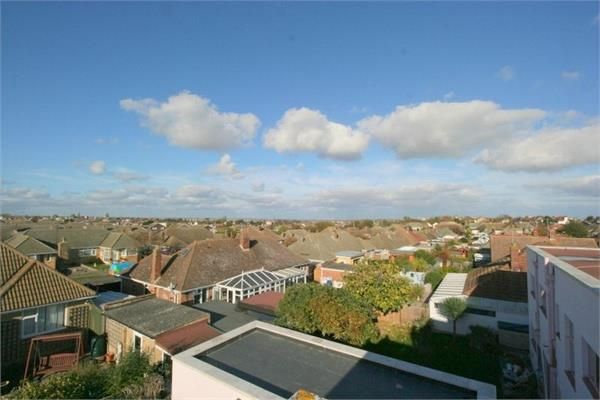 Thumbnail Detached house to rent in Easton Way, Frinton-On-Sea