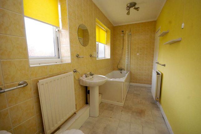 Bathroom of Alice Street, South Shields NE33