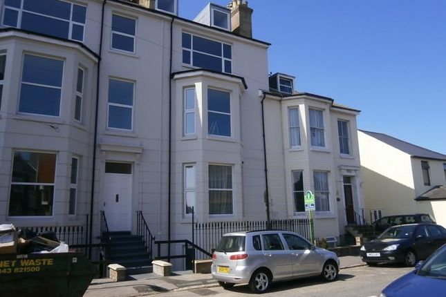 Thumbnail Flat to rent in Cambridge Road, Walmer, Deal
