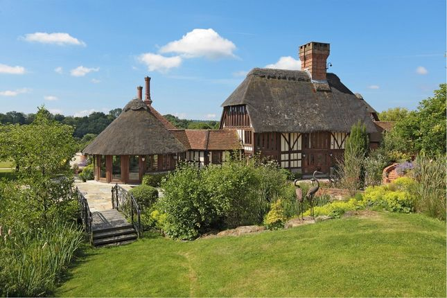 Thumbnail Detached house for sale in Dewlands Hill, Crowborough
