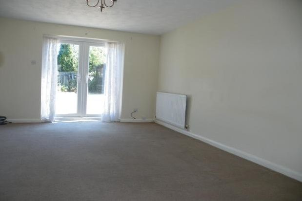 Thumbnail Property to rent in Evans Road, Basford