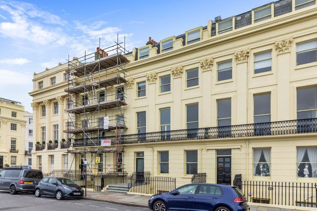 1 bed flat for sale in Brunswick Terrace, Hove BN3