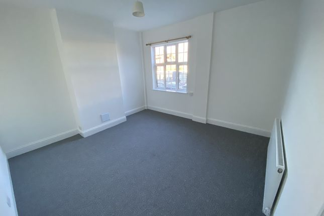 Thumbnail Maisonette to rent in Uxbridge Road, Hayes