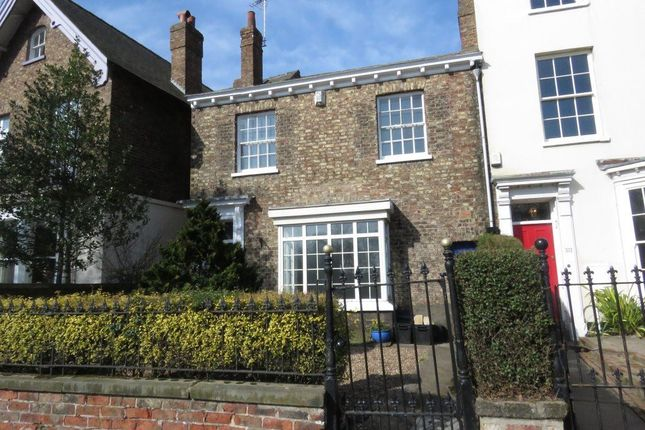 Thumbnail Terraced house to rent in Mount Vale, York