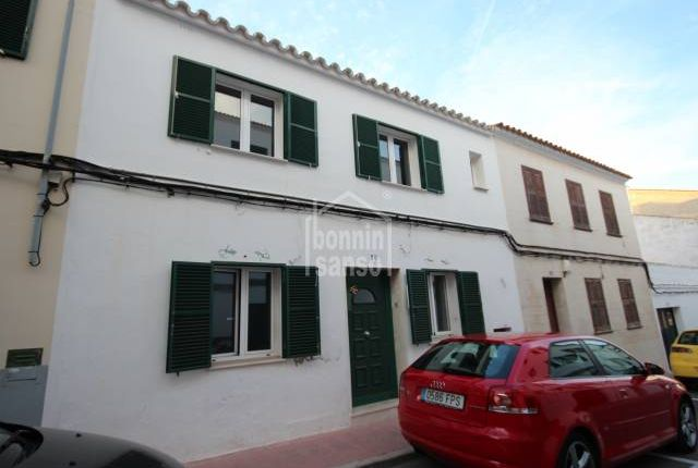3 bed town house for sale in Es Castell, Villacarlos, Balearic Islands, Spain