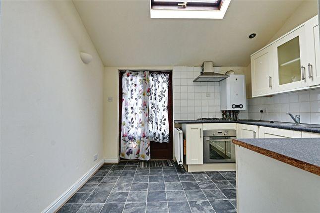 Picture No. 04 of Hornsea Villas, Folkestone Street, Hull, East Yorkshire HU5