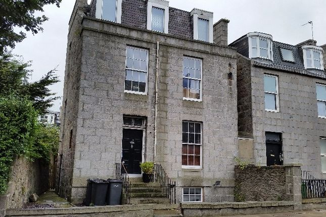 Thumbnail Flat to rent in Crown Street, City Centre, Aberdeen