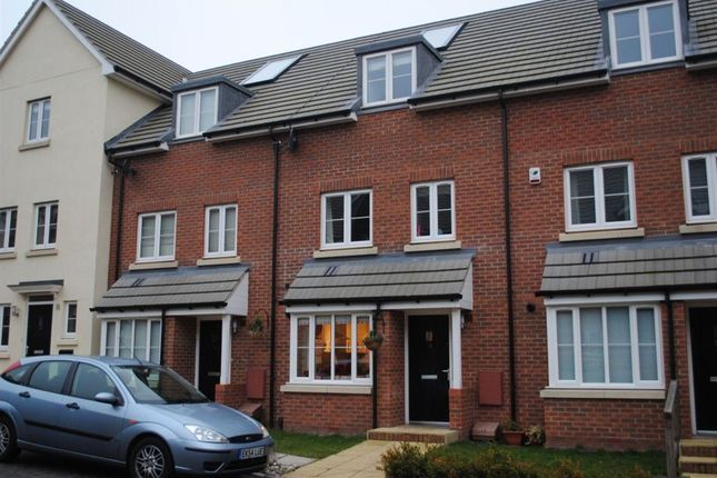 Thumbnail Detached house to rent in Perryfields, Braintree