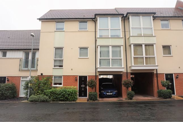 Thumbnail Terraced house for sale in Montfort Drive, Chelmsford