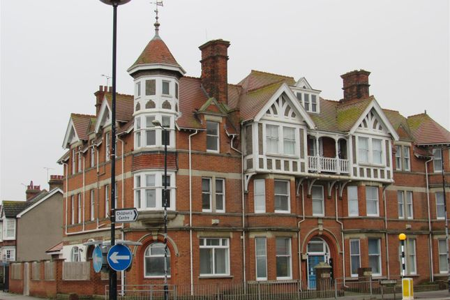 Thumbnail Flat to rent in Herne Common, Canterbury Road, Herne Bay