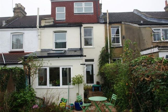 Picture No.11 of Hamilton Road, East Finchley, London N2