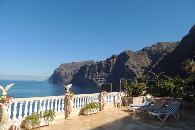 Thumbnail Villa for sale in Calle Adelfas, Los Gigantes, Tenerife, Canary Islands, Spain