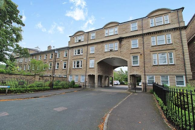 Thumbnail Flat to rent in Queens Gate, Harrogate