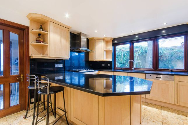 Thumbnail Property to rent in South Hill Avenue, Harrow On The Hill