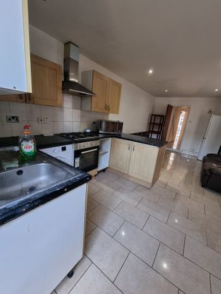 Thumbnail Terraced house to rent in Kensington Ave, Eastham