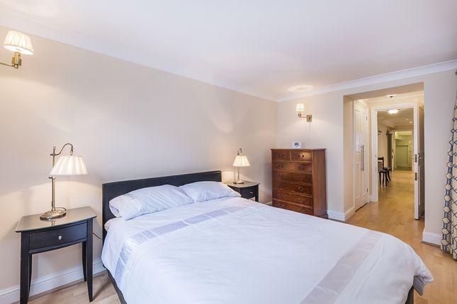 Bedroom of Brompton Square, London SW3